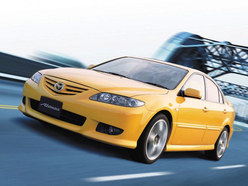 Mazda Atenza Yellow Front Side Angle Moving Wallpaper 800x600