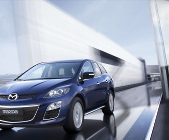 Mazda Cx7 Front View Moving Wallpaper