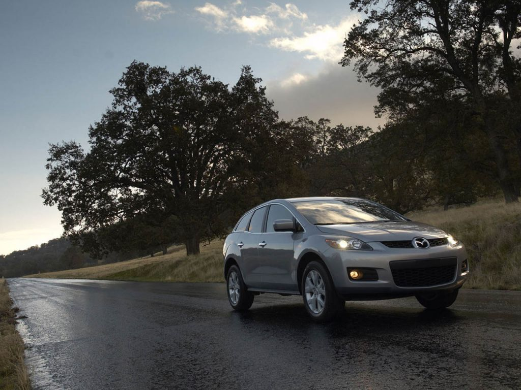 Mazda Cx7 On The Road Wallpaper 1024x768