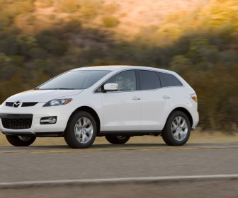 Mazda Cx7 White Side View Moving Wallpaper